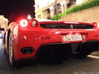 100 Motorsounds von heißen Sportwagen