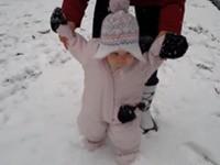 Babys und der erste Schnee