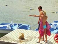 Bikini im See verloren - Streich