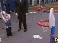 Böser Reporter vs. Baby
