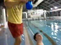 Der Badekappen Trick