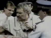 Ein Gentleman wird verhaftet