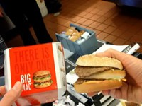 Fast Food – Werbung vs. Realität