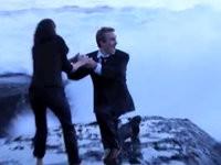 Heiratsantrag geht baden