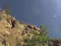 Missglückter Sprung von einem Felsen