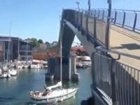 Nicht in die Brücke segeln bitte