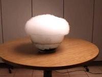 Riesige Trockeneis-Blase explodiert