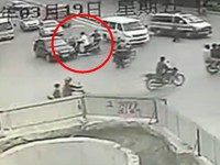 Schlechtester Moped Fahrer in China
