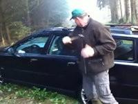 Schüssel im Volvo vergessen