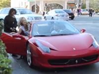 Streich: Mädels mit einem Ferrari klar machen