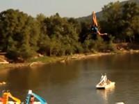 Wasser-Stunt geht schief